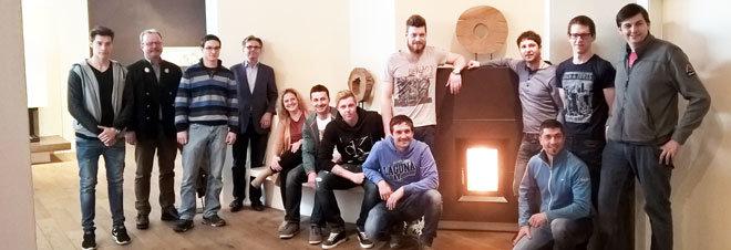 Gruppenbild im Hause Sommerhuber mit den Geschäftsführern Manfred Holzapfl und Christian Sommerhuber.