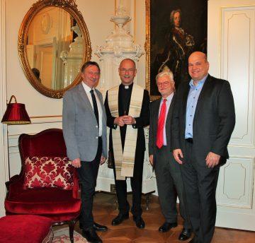 Die KOV-Vertreter mit Dompfarrer Toni Faber